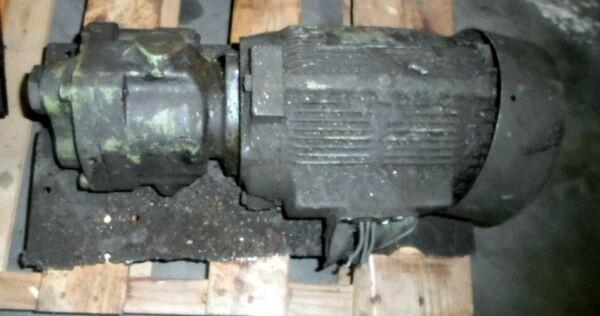 DAIKIN ? M15A1-2-30 3 PH 1.5 kW 1700 RPM PUMP
